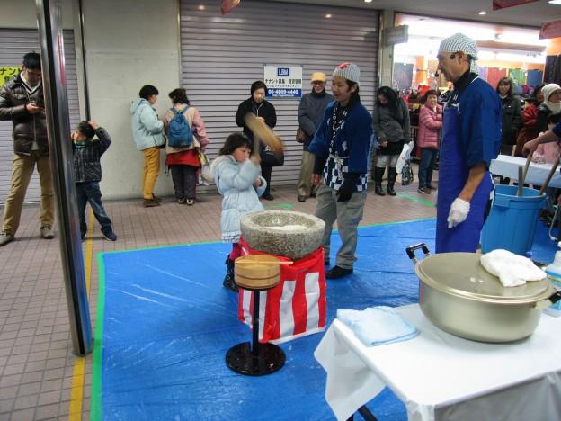 40周年アニバーサリー餅つき大会第2回26.1.12. 008